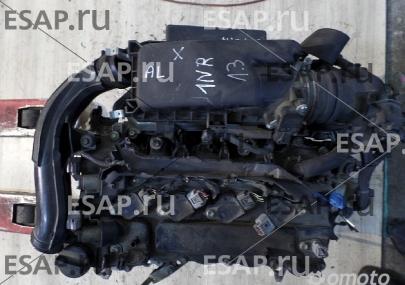 Двигатель  TOYOTA AURIS YARIS 1,3 VVTI 1NR KRAK Бензиновый