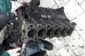 блок цилиндров E39 M57D25 M57 2.5 D BMW