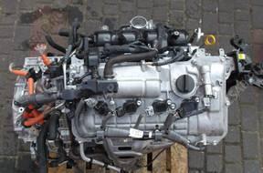 двигатель TOYOTA AURIS II PRIUS комплектный