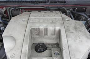 Mitsubishi Pajero 3.2 DID 2001r двигатель комплектный