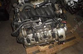 PORSCHE CAYENNE 4.5 V8 TURBO 450KM двигатель