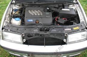 SKODA OCTAVIA 2.0 benz. двигатель